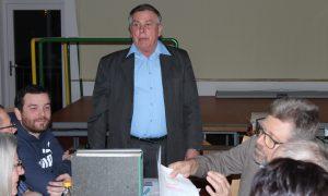 Vorsitzender Viktor Krieger
